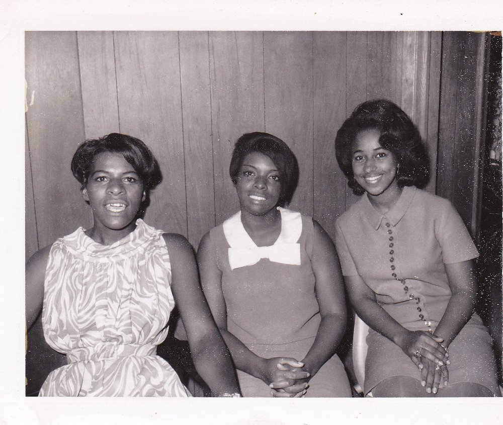 '67 Dot Wilson, Emily Green, Mirenda DeBose '66