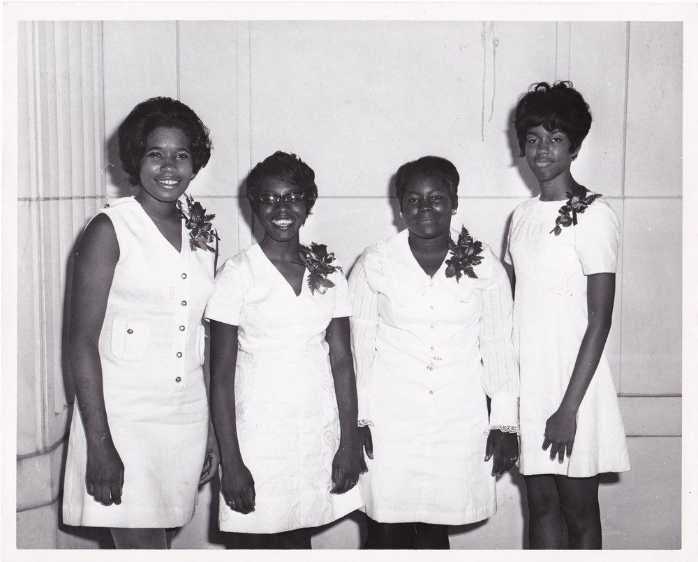 '70 Jacquelyn Simms, Student, Terry Shaw, Phyllis Jackson