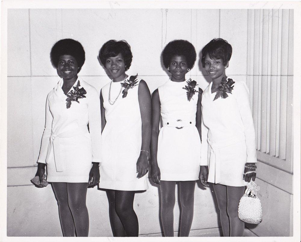 '70 Carolyn Williams, Dora Weathersby, Gail Steele, Betty Thomas