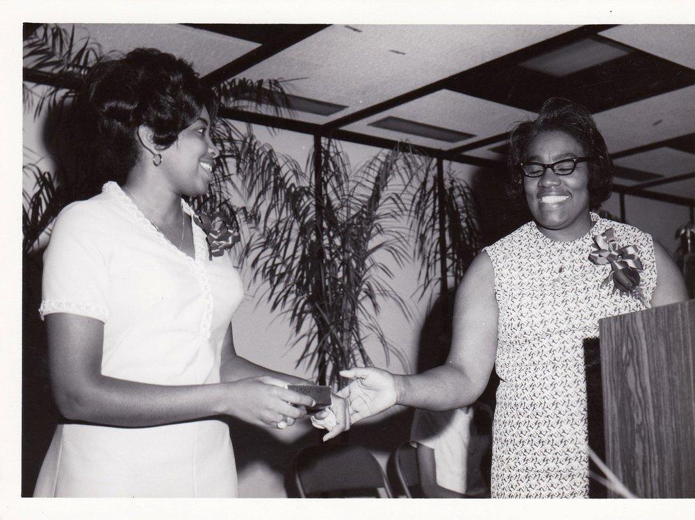 '72 Rose Mary Jones '72 and Bernadine Irving '66