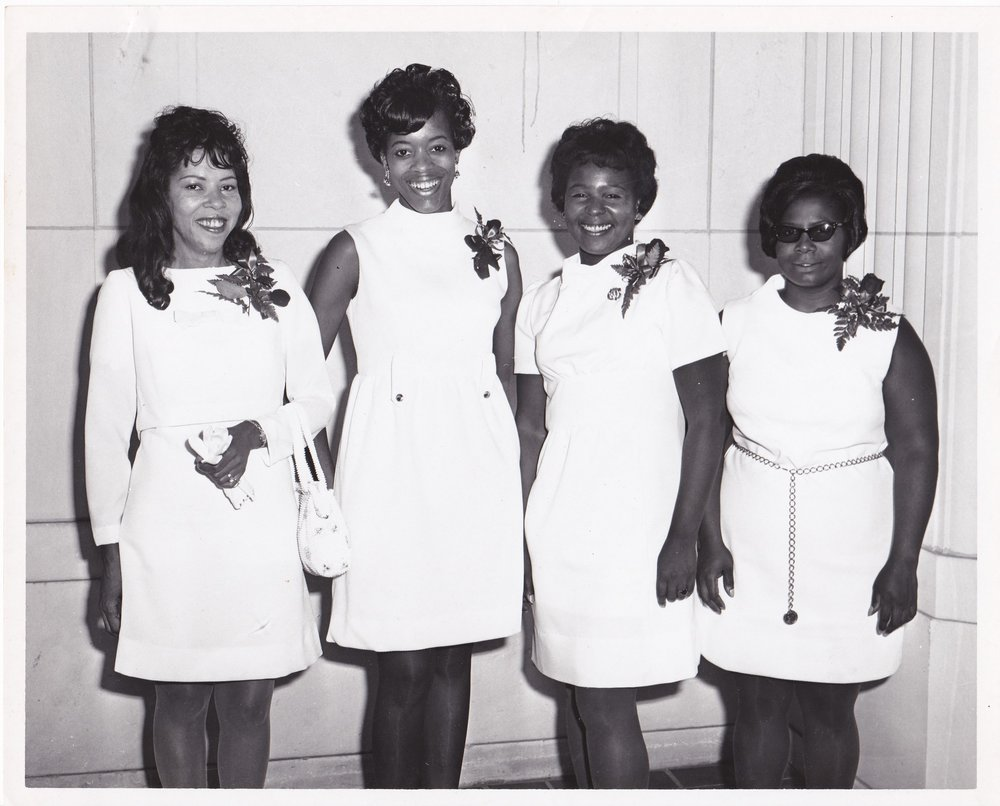 #15: '70 __________, Carolina Smith, Dorothy Gibson, Mildred McCormick