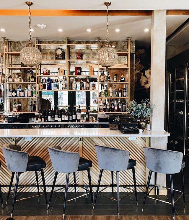 Ang plan this week-end?  We'll be at the bar 🥂 📸 @urbanjournalistapp