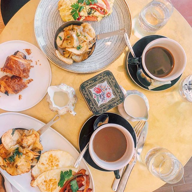 "Brunch (n)  1. contraction of breakfast and lunch 2. the most important meal of the day 3. quicker way to say ""I plan to be wasted before noon!"" Let's brunch, b*tches! 📸 @thebostonettes"