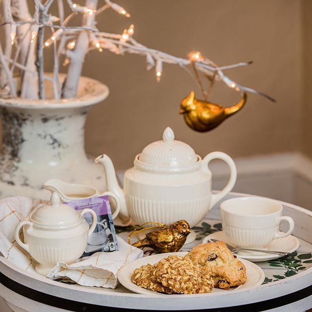 Are you ready for a #cuppa #tea to celebrate #Spring? Join us for tea with Queen Elizabeth this May 4! Follow our Facebook page for more details. 🙂 #motherdaughterday #motherdaughterevent #northeastmd #elktonmd #maryland