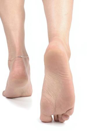 8736511_S_Feet_Walking_.jpg