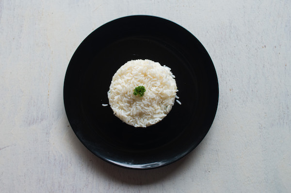 Steamed white rice or curried rice  -
