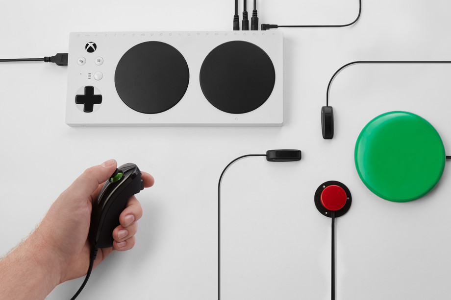 Xbox_Adaptive_Controller_178.0.png.jpeg
