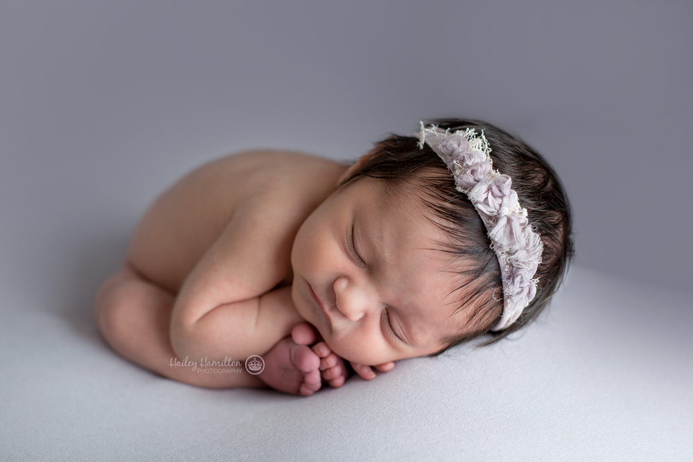 Calgary-newborn-photos-photography-new-born-photographer.png