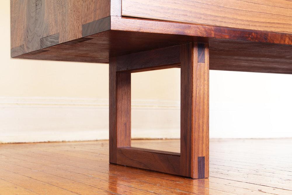 Dresser2 copy.jpg