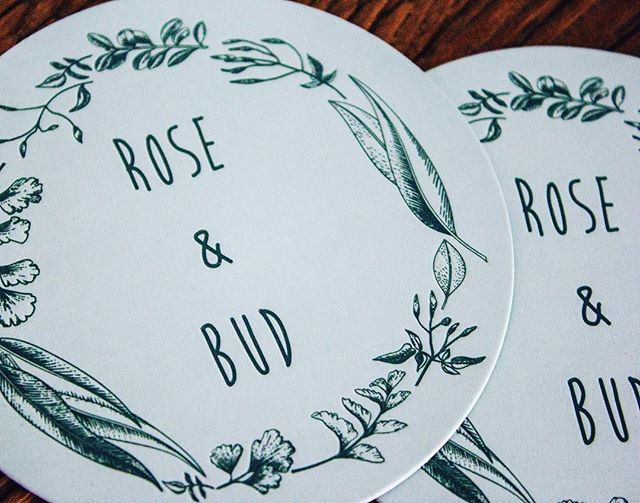 ✖️ROSE & BUD✖️Large circle business cards with letterpress for @rose.and.bud 💁🏻‍♂️