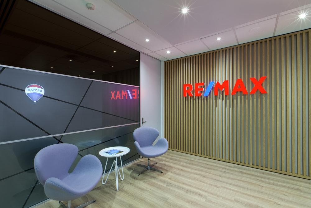 02_REMAX HQ.jpg
