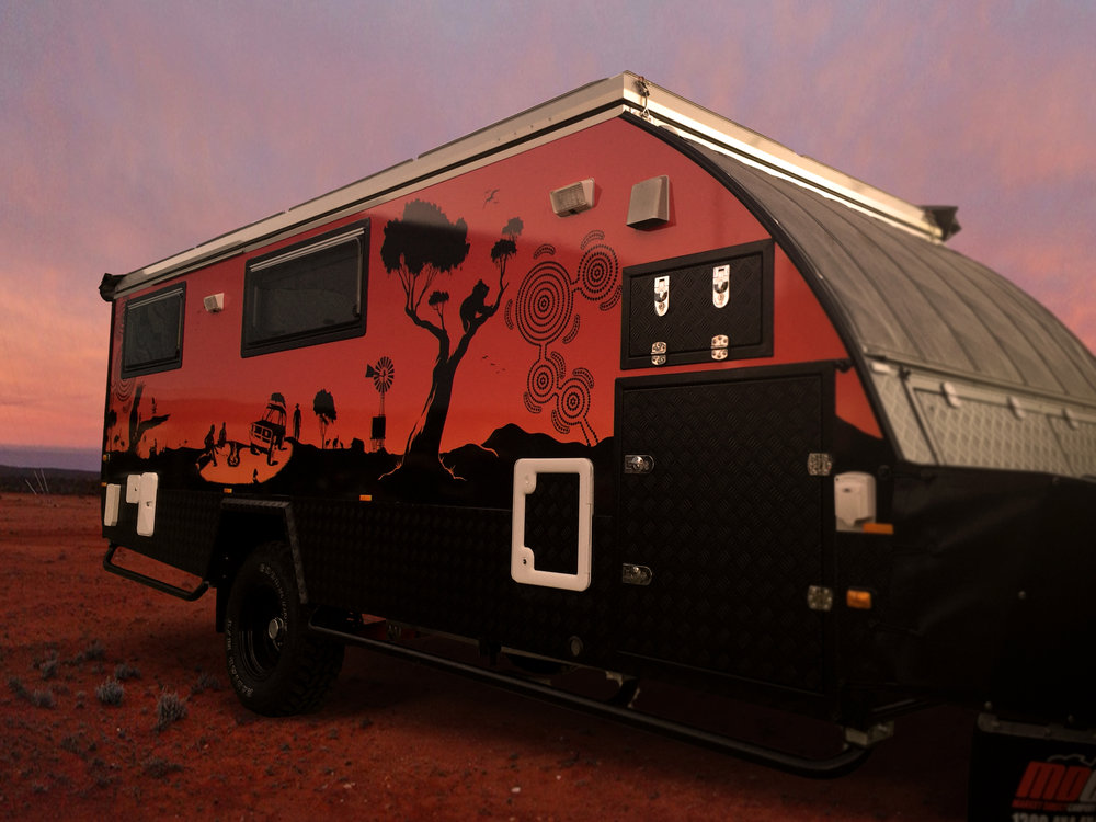 Outback Caravan (2).jpg
