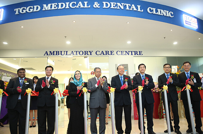 Top-Glove-Global-Doctors-clinic-290817_theedgemarkets.jpg
