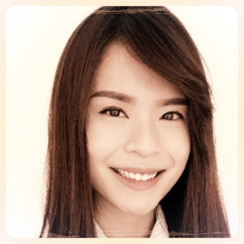 Dr. Ng Sze En,  Dentist