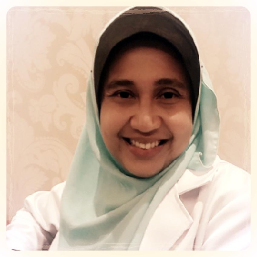 Dr Wan Noorina Wan Ahmad , Endodontist