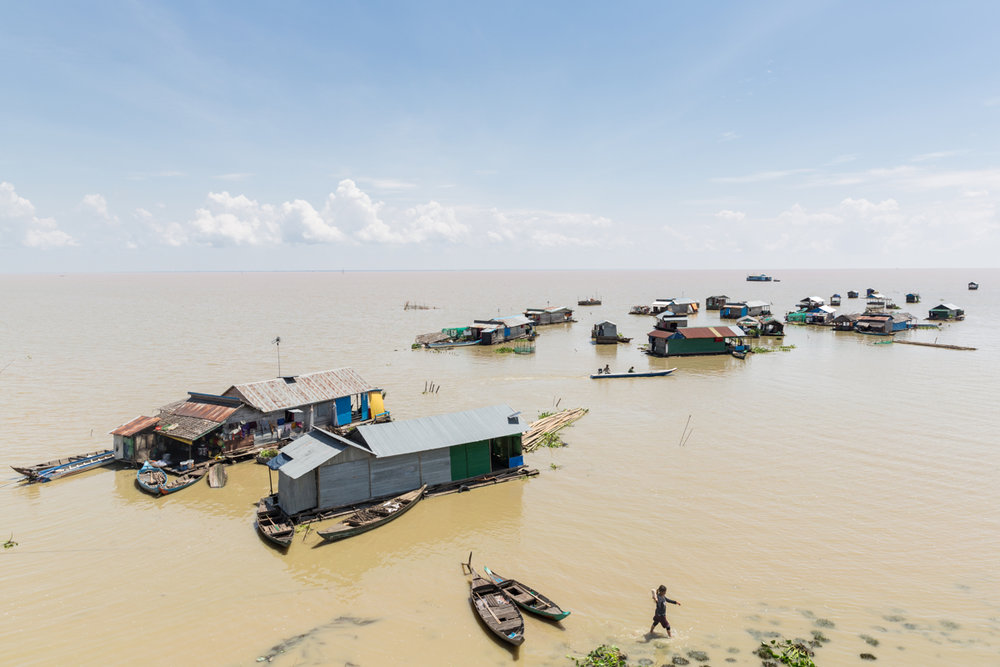 March 31, 2017 - Akol, Cambodia. A remote floating village on the Tonle Sap. © Nicolas Axelrod / Ruom