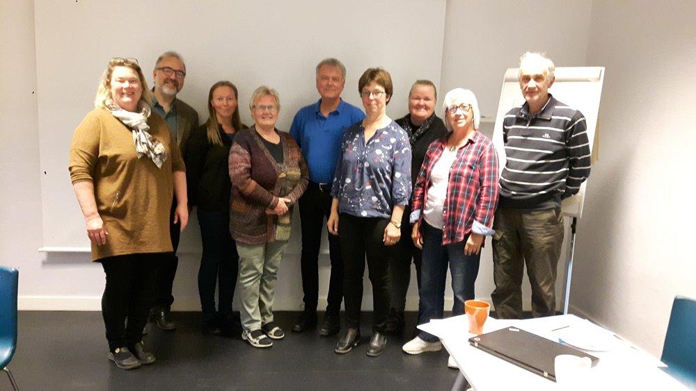 Optimistiske deltagere på stiftelsesmøtet for organisasjonen Folkemusikksamlinga i Nord-Trøndelag (Marit Vestrum, 2018)