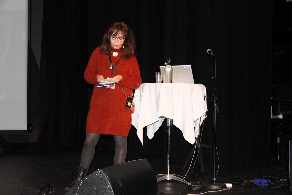 Samisk arkiv ved Grete Gunn Bergstrøm presenterte utfordringer med offentliggjøring av lydfiler.
