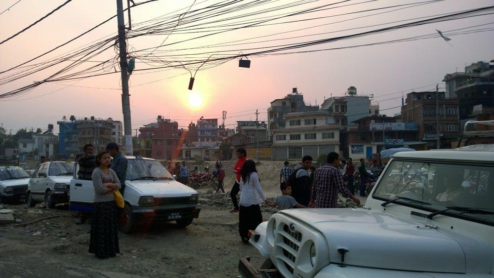 Team Equiwent in den Strassen von Kathmandu unterwegs.