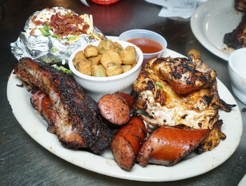 rib hut El Paso combo platter