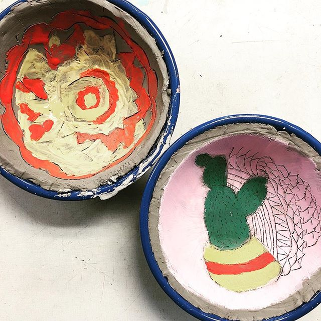 A couple more from today's class.  Loving the patterns ... controlled and uncontrolled all at once. #8thgrade #artclass #amacounderglaze #pottery #ceramics #playingteacher