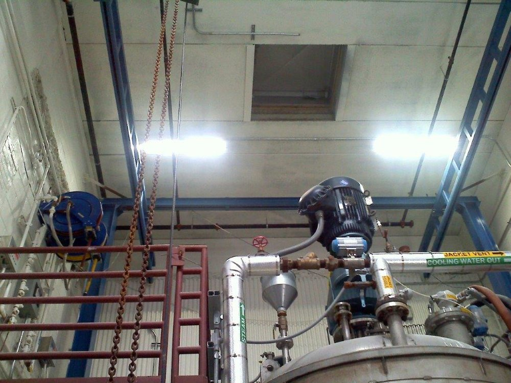 Daubert Chemical- Dialight fixtures.jpg