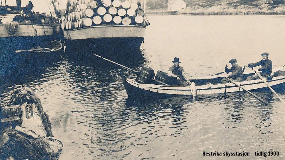 Gammelkara-i-Børøysundet-ca-1920.jpg