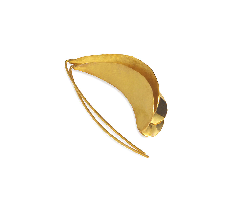 curved leaf earrings