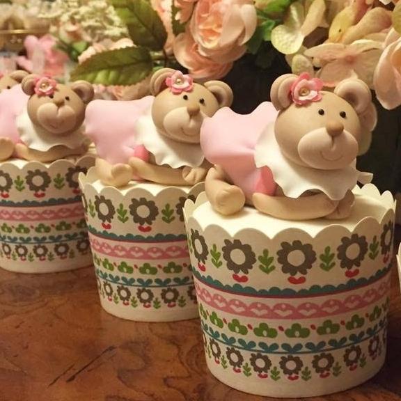 Cupcake designs - by Chef Simone Costa