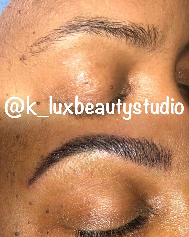 MICROBLADING WITH LIGHT SHADING