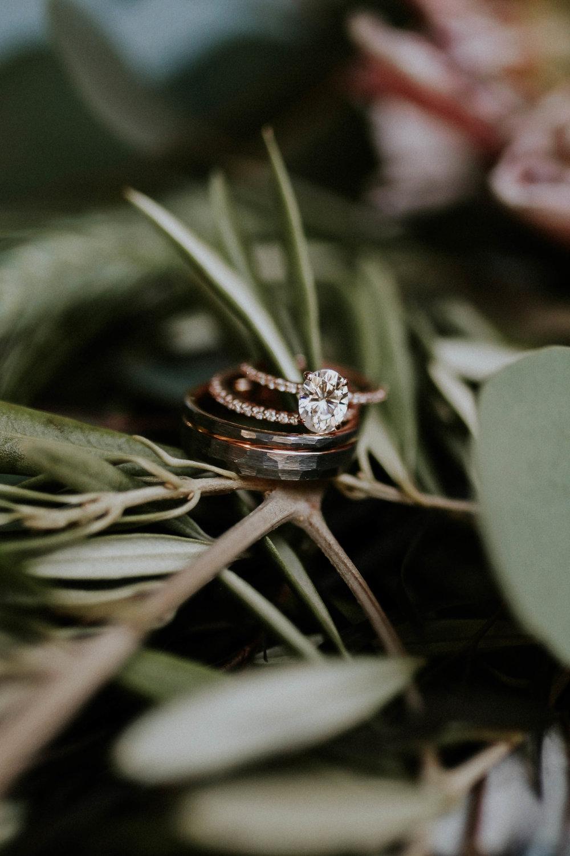 bohemian-wedding-photographer-detail-shot