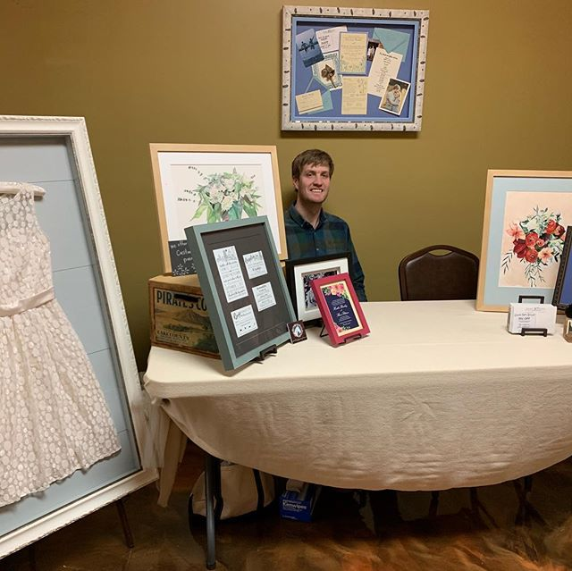 Come see us today at the Dream Wedding Expo at the Willow Creek venue in Lakeville! #weddingsinlivingston #littlelakesframing #geneseo #geneseony #custompictureframing