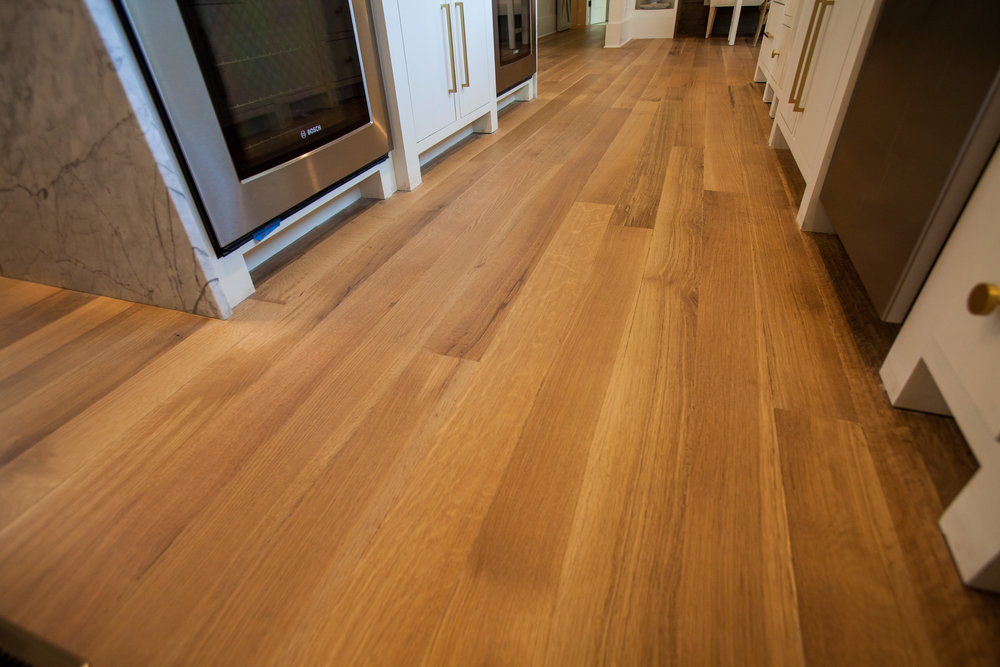 Eutree Forest Free White Oak Wide Plank Quartersawn Hardwood Flooring