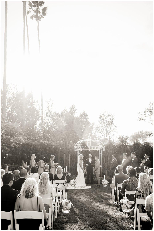 classic-christmas-house-inn-garden-wedding-photography-rancho-cucaomonga-carrie-vines-_0031.jpg