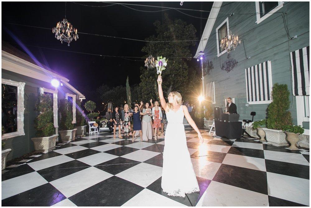 classic-christmas-house-inn-garden-wedding-photography-rancho-cucaomonga-carrie-vines-_0083.jpg