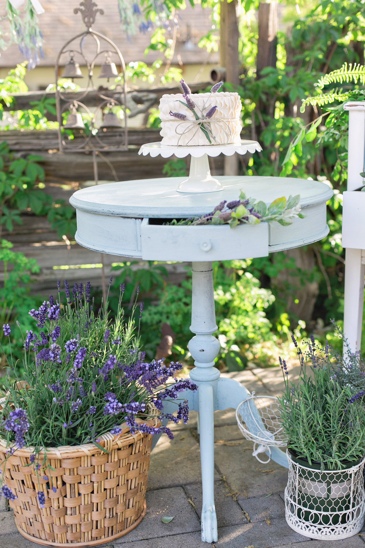 homestead-wilshire-ranch-lavender-wedding-cake-carrie-vines-004.jpg