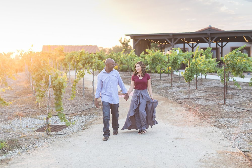 avensole-winery-engagement-session-carrie-vines.jpg