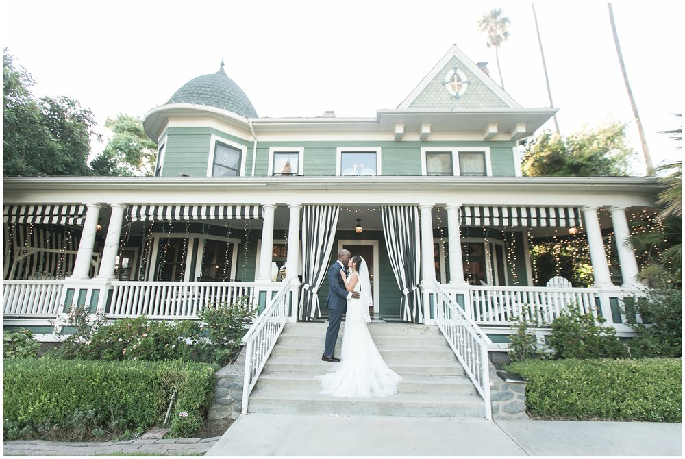 christmas house wedding bride and groom portraits carrie vines