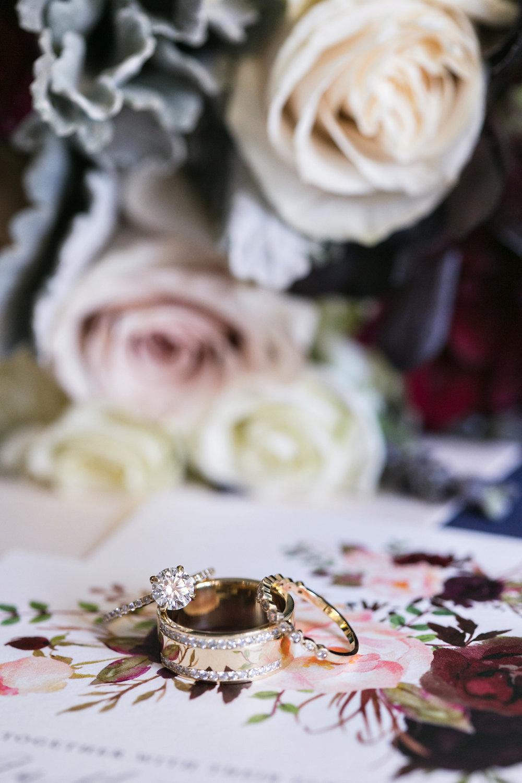 glamorous-jewel-tones-christmas-house-wedding-carrie-vines-004.jpg