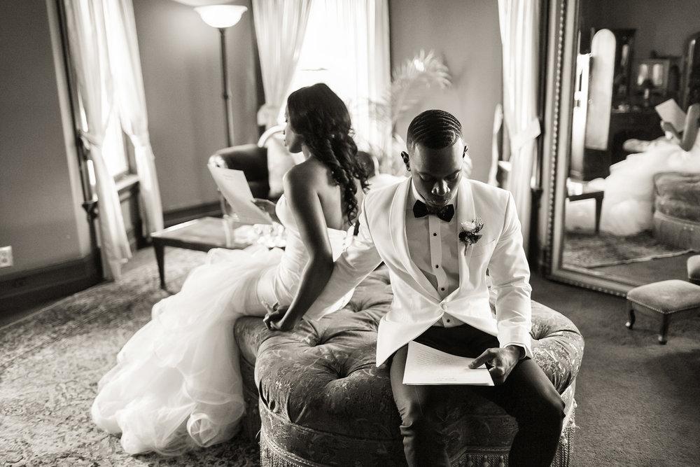 glamorous-jewel-tones-christmas-house-wedding-carrie-vines-009.jpg