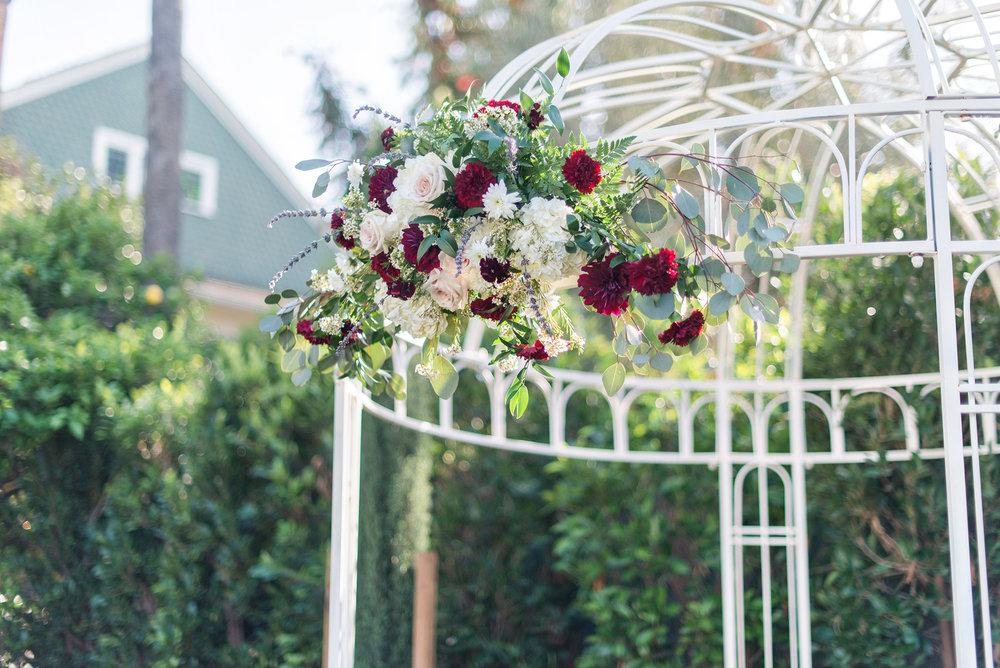 glamorous-jewel-tones-christmas-house-wedding-carrie-vines-012.jpg