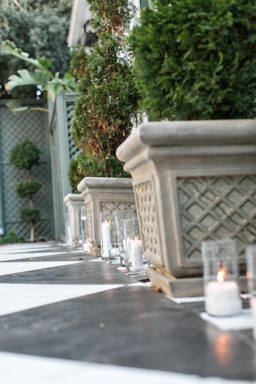 glamorous-jewel-tones-christmas-house-wedding-carrie-vines-032.jpg