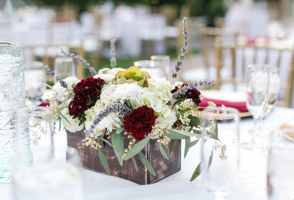 glamorous-jewel-tones-christmas-house-wedding-carrie-vines-035.jpg