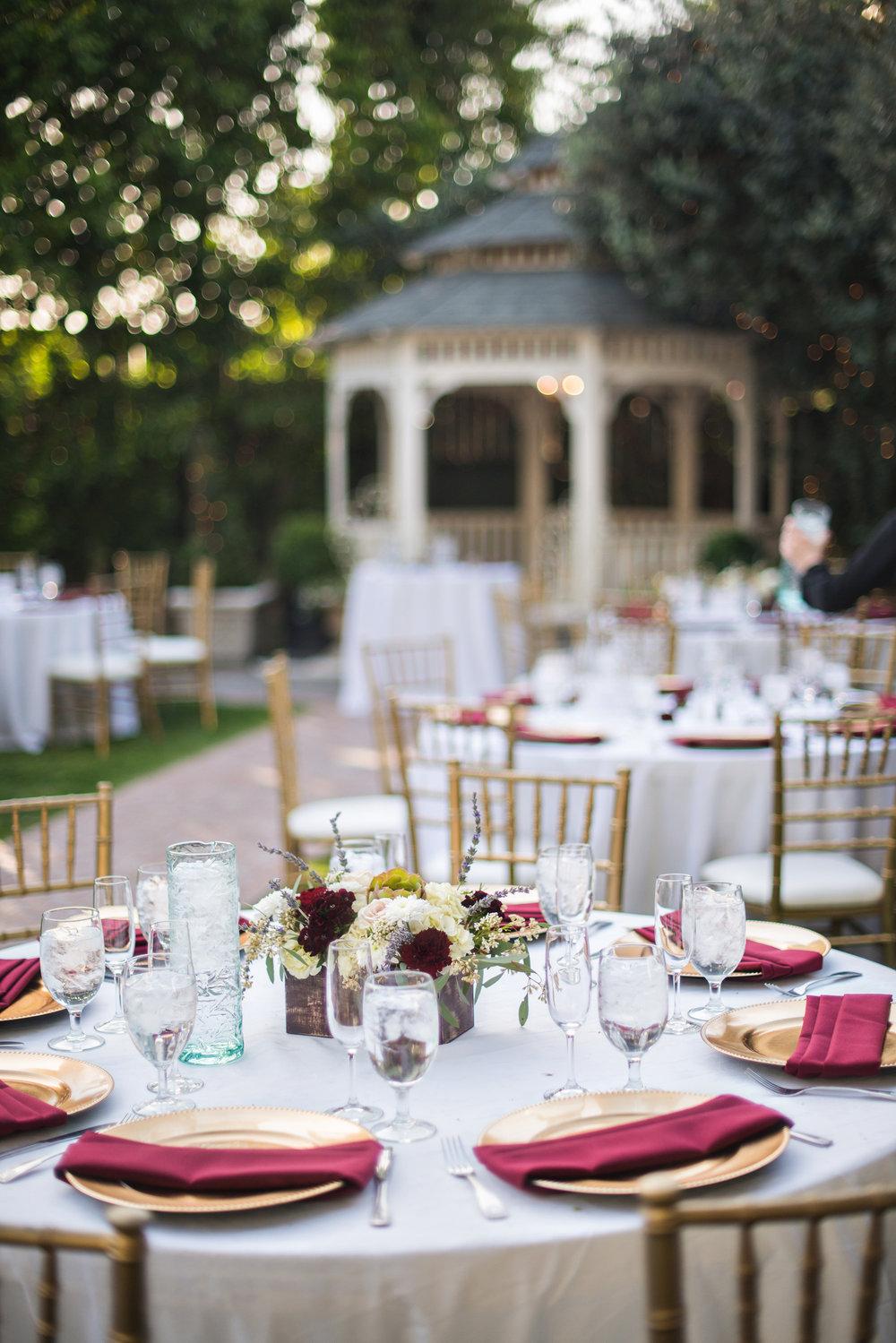 glamorous-jewel-tones-christmas-house-wedding-carrie-vines-034.jpg