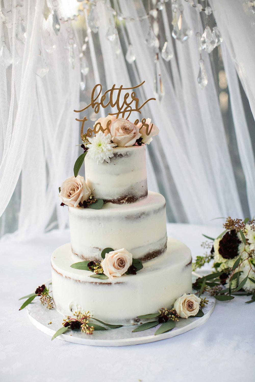 glamorous-jewel-tones-christmas-house-wedding-carrie-vines-037.jpg