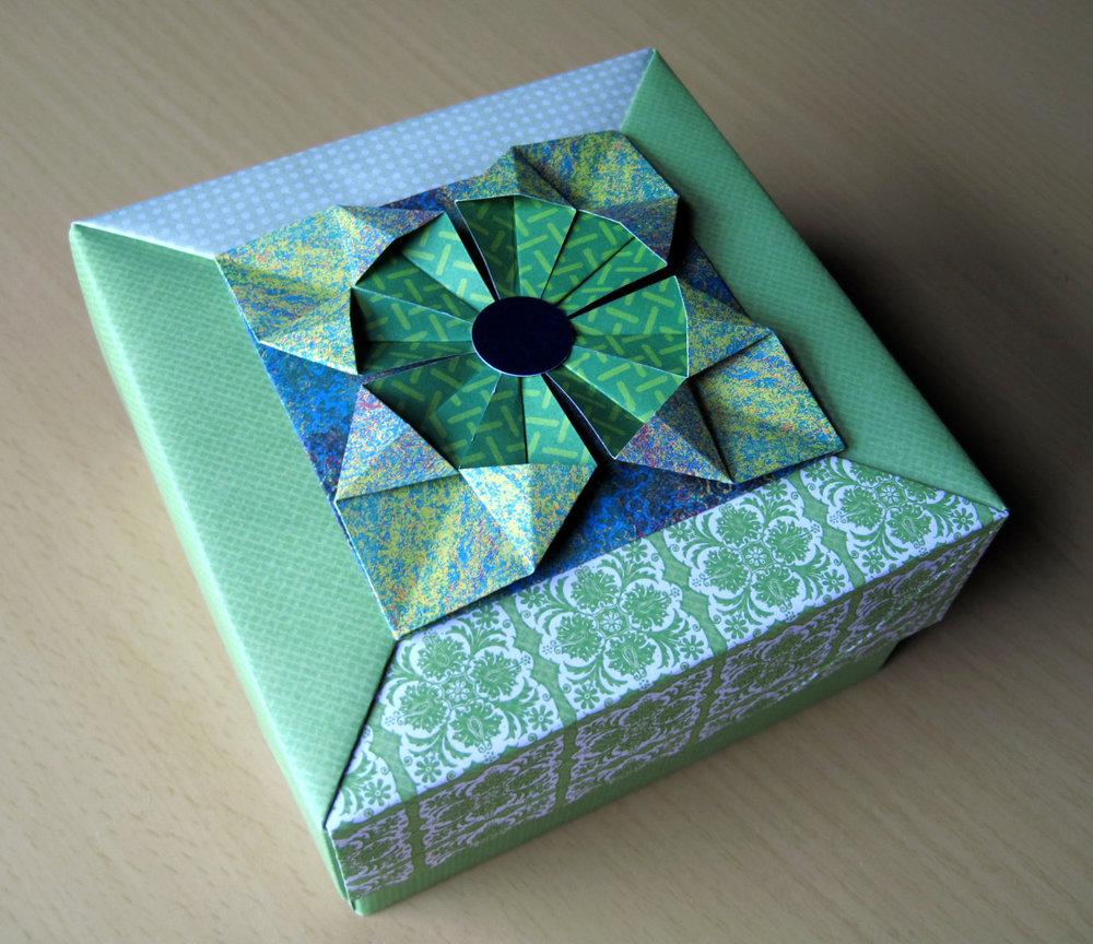 origami_box.jpg