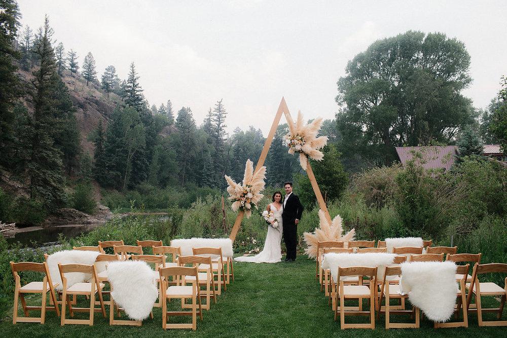 luxury destination wedding at river crest