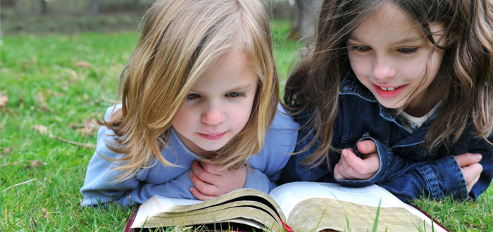 Kids-reading-shutterstock_6.jpg