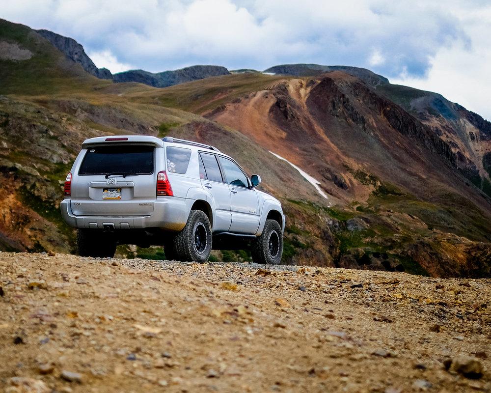 4Runner along California Pass