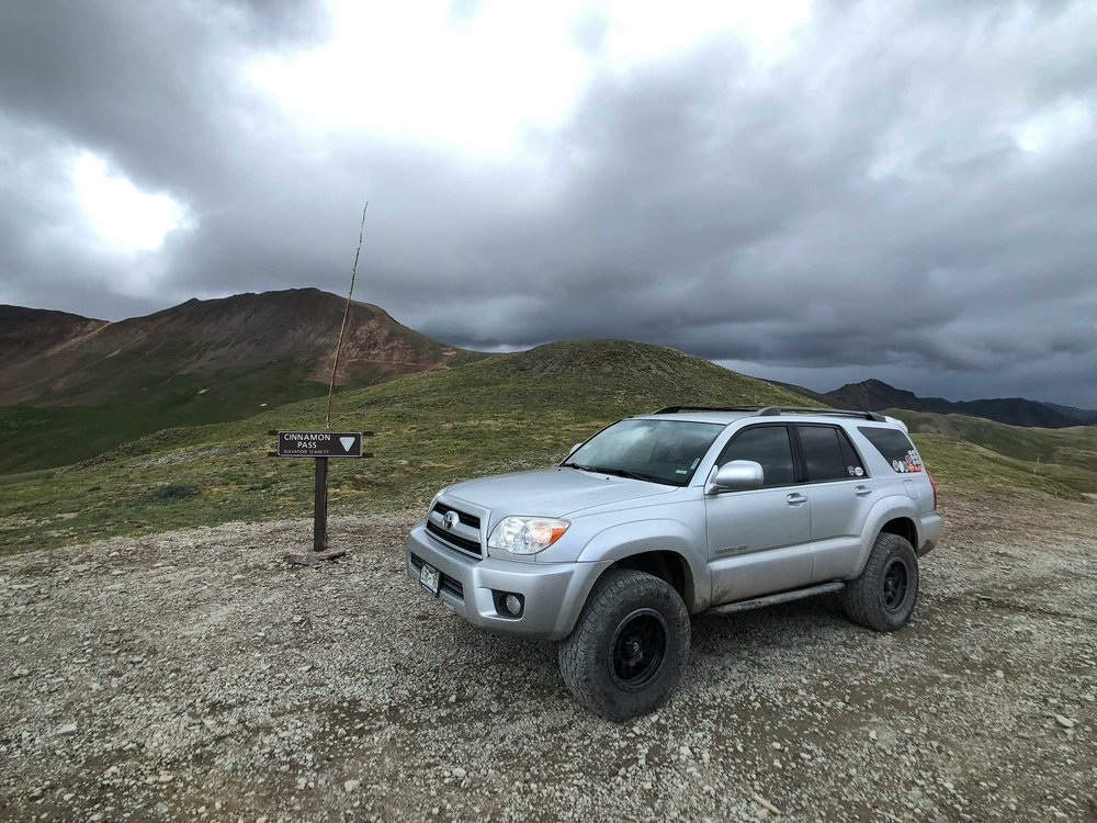 Toyota 4Runner at Cinnamon Pass - iPhone 8 Plus, Moment Wide Lens